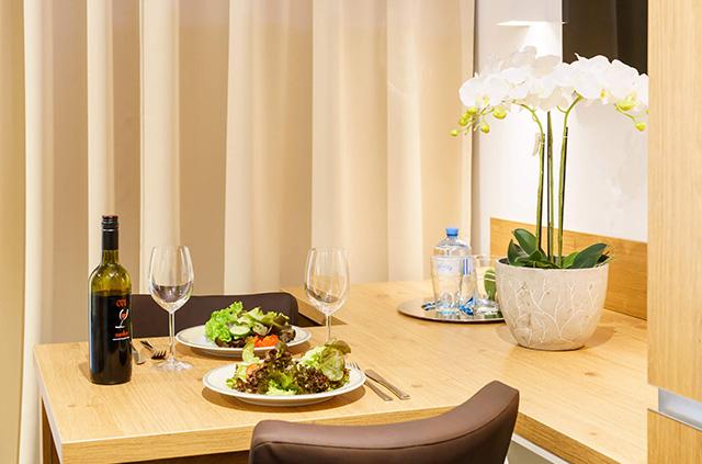 INhouse - Boardinghouse Ingolstadt - Apartments - Business Plus - Kitchen